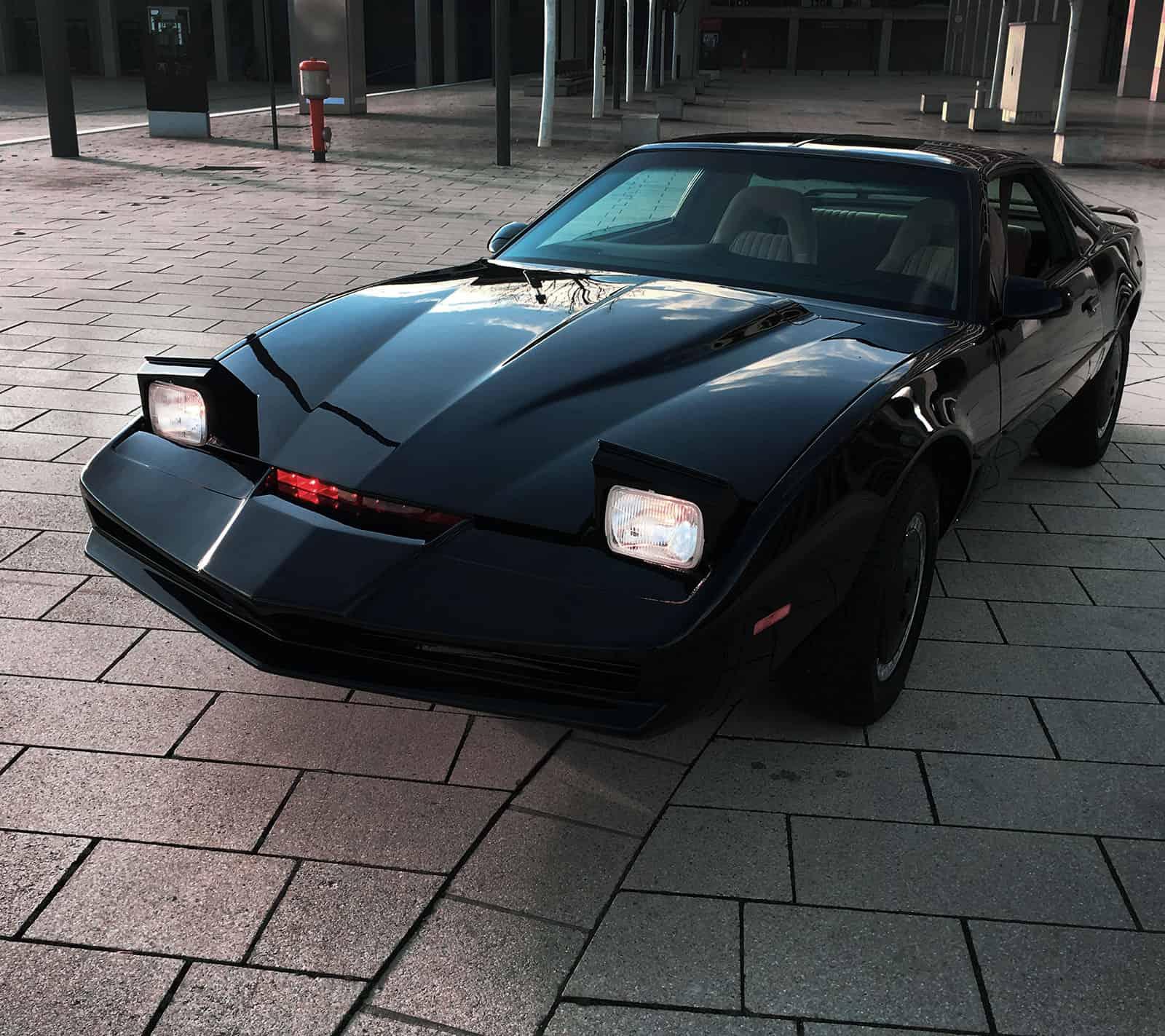 KITT Replika Knight Rider of Germany Headlights Klappscheinwerfer