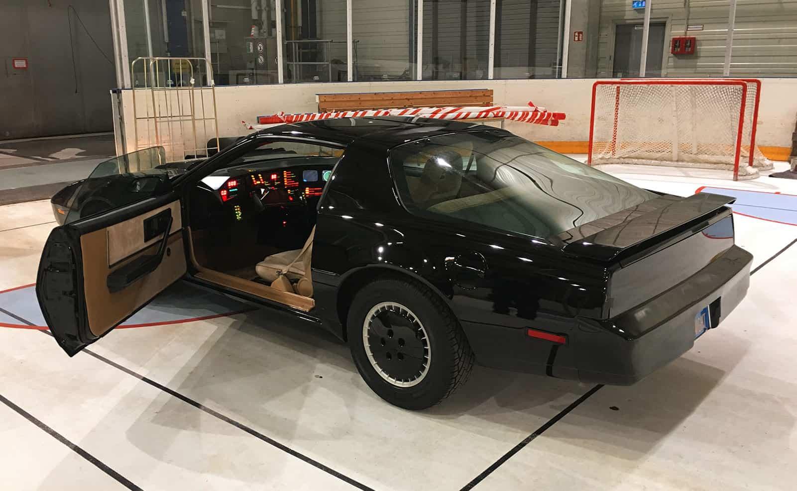 KITT Replika Eishalle Knight Rider of Germany on ice